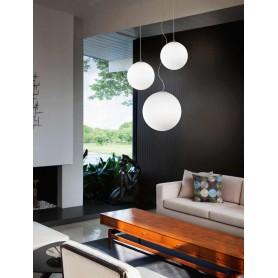 Lampadario coordinato con 3 lampade a sospensione in vetro bianco 1 D40cm 2 D.30cm art.634644 Illuminazione moderna